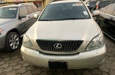 Nigeria Used Lexus RX330 2004 Model Beige for Sale