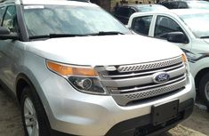 Foreign Used Ford Explorer 2012 Model Silver