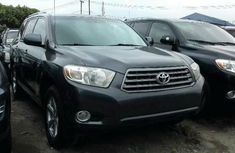 Very Clean Foreign used Toyota Highlander 2009