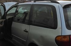 Nigeria Used Volkswagen Sharan 2003 Model Silver for Sale
