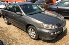Neat Nigerian used Toyota Camry 2005