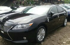 Neat Foreign used Lexus ES 2013
