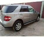 Neat Nigerian used 2007 Mercedes-Benz ML350