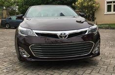 Neat Foreign used Toyota Avalon 2014