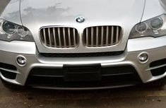 Neat Foreign used BMW X5 2012