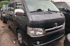 Clean Foreign used Toyota HiAce 2010