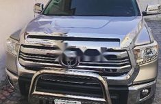 Neat Foreign used Toyota Tundra 2015