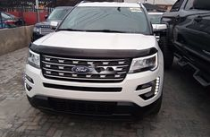 Foreign Used Ford Explorer 2018 Model White