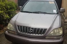 Foreign Used Lexus RX300 2001 Model Silver for Sale