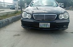 Nigeria Used Mercedes Benz C230 2007 Model Black for Sale