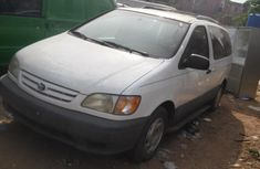Foreign Used Toyota Sienna 2001 Model White