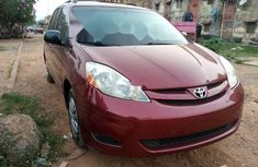 Foreign Used Toyota Sienna 2007 Model Red