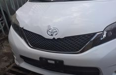 Foreign Used Toyota Sienna 2012 Model white