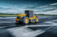 Fastest tractor on Earth - the JCB Fastrac Two reaches 247 km/h