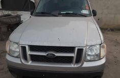 Foreign Used Ford Explorer 2004 Model Gray