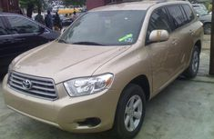 Nigeria Used Toyota Highlander 2008 Model Gold