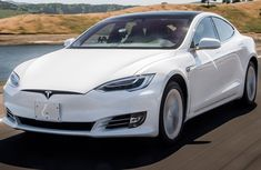 Review of 2019 Tesla Model S - What is leading the world auto industry