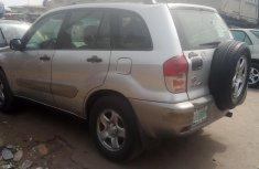 Nigerian Used Toyota RAV4 SUV 2003 Model Silver