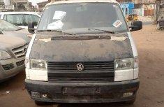 Foreign Used Volkswagen Transporter 2000 Model White