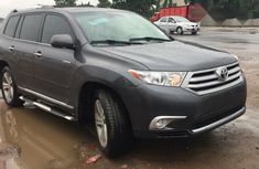 Foreign Used Toyota Highlander 2013 Model Gray
