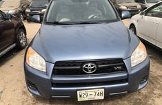 Foreign Used Toyota RAV4 2010 Model Blue for Sale