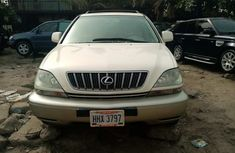 Foreign Used Lexus RX 300 2002 Model White for Sale