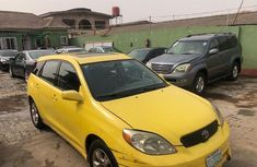 Nigeria Used Toyota Matrix 2004 Model Yellow
