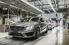 Mercedes-Benz recalls 750,000 cars over defective panoramic sunroof