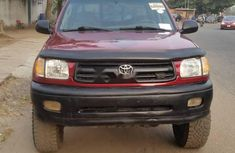 Foreign Used Toyota Tundra 2000 Model Red
