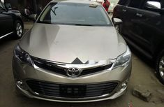 Foreign Used Toyota Avalon 2014 Model Pearl