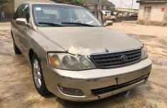 Nigeria Used Toyota Avalon 2002 Model Gold