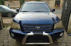 Nigeria Used Toyota Highlander 2004 Model Blue for Sale