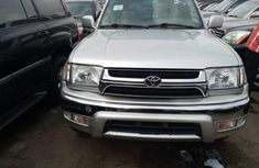 Foreign  Used Toyota 4-Runner 2000 Model Silver for Sale