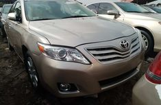 Foreign Used Toyota Camry XLE 2008 Model Gold