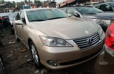 Foreign Used Lexus ES 350 2010 Model Gold for Sale