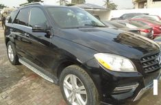 Extremely clean 2015 Model Mercedes-Benz ML350