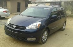 Foreign Used Toyota Sienna XLE Limited 2005 Model Blue