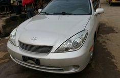 Foreign Used Lexus ES 350 2013 Model White for Sale