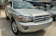 Foreign Used Toyota Highlander 2005 Model Silver