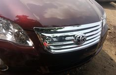 Foreign Used Toyota Avalon 2005 Model Red