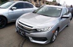 Super clean Honda Civic 2016 model