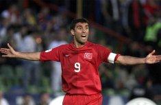 Turkish football highest goal scorer Sukur turns taxi driver in the U.S.