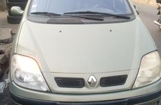 Nigeria Used Renault Scenic 2002 Model Green for Sale