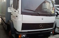 White Foreign Used Mercedes Benz 814 Container Truck