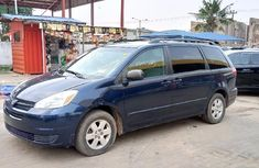 Foreign Used Toyota Sienna 2004 Model Blue