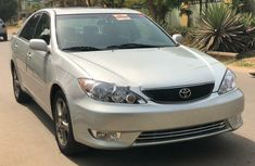 Foreign Used Toyota Camry 2005 Model Silver