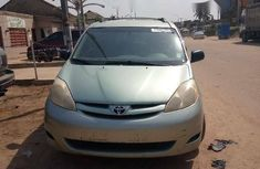 Foreign Used Toyota Sienna 2007 Model Green