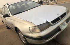Nigeria Used Toyota Carina 2000 Model Silver