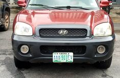 Neatly Used 2004 Model Hyundai Santa Fe