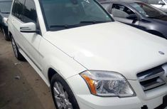 Clean White 2011 Mercedes-Benz GLK car for sale at attractive price